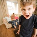 Как да се справяме със свръхактивни деца