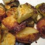 Печени картофки с тиквички и кашкавал