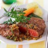 Как да сготвим месото, за да има приятен аромат