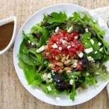 Бобена салата с домати и балсамов винегрет