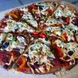 Вкусна вегетарианска пица