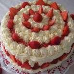 Ягодова торта със сметана