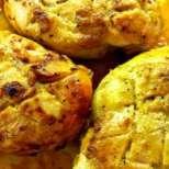 Пиле на грил, мариновано в горчица