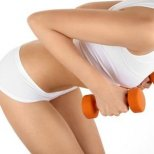 Тренировка за красиви гърди