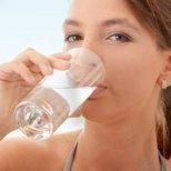 Важна ли е водата за тялото и как да отслабнем с вода