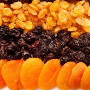 За какво са полезни сушените плодове
