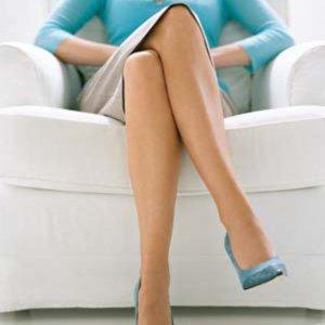 Какво издава позата на краката за една жена