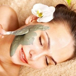 Пролетни свежи маски за красива кожа на лицето