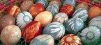 Боядисване на яйца за Великден по рецептите на баба с естествени багрила