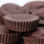 Готови за 10 минути: Шоколадови мъфини без печене за малки и големи (Видео)