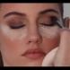 Как да си направите опушен грим в топли кафяви нюанси (Видео)