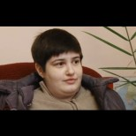Пълен кошмар! Българка живее 19 години с температура и главоболие, но без диагноза!