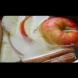 Когато разберете какво могат вода, ябълка и канела веднага ще ги смесите!