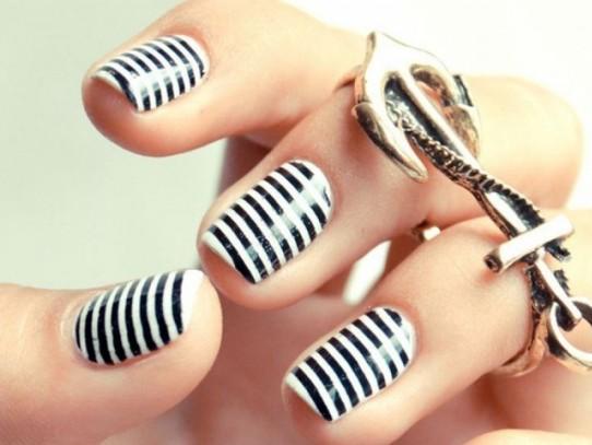 Идеи за маникюр за къси нокти