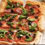 Бърза и вкусна домашна пица за работливи гладници