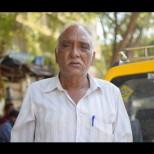 Таксиметрови шофьори се отвратиха от това, което прави техен колега