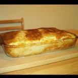 Е няма толкова мързелива баница със сирене от стар хляб-  кажи речи сама се прави