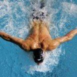 Изключителните ползи от плуването