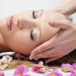 Как да масажираме лицето правилно