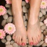 Как да се справим с изпотяването на краката