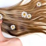 Да се погрижим за косата си през лятото с билки