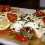 Печена риба във винен сос