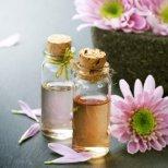 Домашни масла за кожата от билки