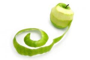 Трябва ли да белим кората на плодовете и зеленчуците