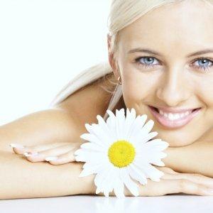 Козметика от натурални продукти за сияйна кожа през лятото