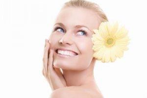 Правила за правилно почистване на кожата