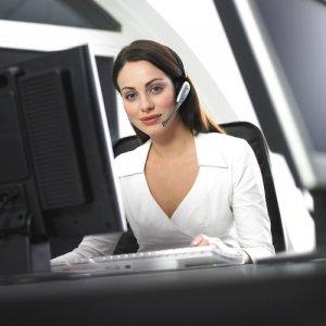 Грижи за кожата на лицето, ако работите на компютър