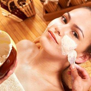 Домашни рецепти за белеща се кожа на лицето