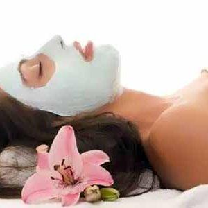 Защо е полезна маската от бяла глина и как да си я приготвим