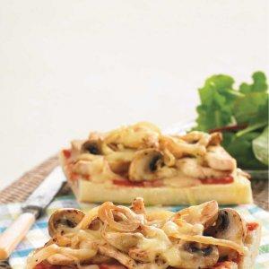 Пица-хлебчета с гъби и пилешко