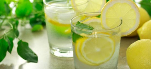 Вода с лимон за отслабване, пречистване и засилване на метаболизма