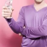 Репортер реши да пие по 4 литра вода всеки ден: Промените го шокирали!