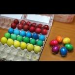 Ето как да си боядисаме яйцата напълно натурално без грам химикали