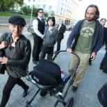 Елена Йончева показа бебето