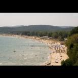 Адски жеги вече в Гърция и Македония, медиите с извънредни емисии