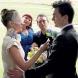 Пред любовта няма препятствия! Английски актьор се ожени за шампионка без крака (СНИМКИ)
