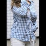 Превъзнесоха тялото ѝ за перфектно, но я вижте колко потресаващо изглежда тя без грим и Фотошоп! (СНИМКИ)
