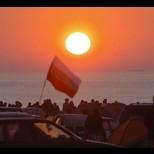 Хиляди посрещнаха първото юлско утро