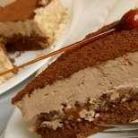 Торта с карамелен мус