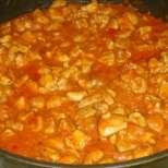 Бързо и вкусно - пиле в доматен сос