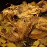 Пълнено печено пиле с лук и бира
