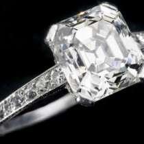 Задигнаха пръстен за 70 000 евро от бижутерия в Кан