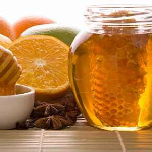 Най-добрите рецепти за лечение с мед