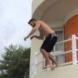 Скочил умишлено.Подробности за жестокия инцидент в Равда: 24-годишният Георги скочил от терасата пред очите на приятеля си