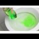 Затова изсипвам верото в тоалетната чиния - всеки път предотвратява истинска катастрофа! (Видео)