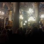 Стотици миряни посрещнаха мощите на Св. Лука Симферополски!